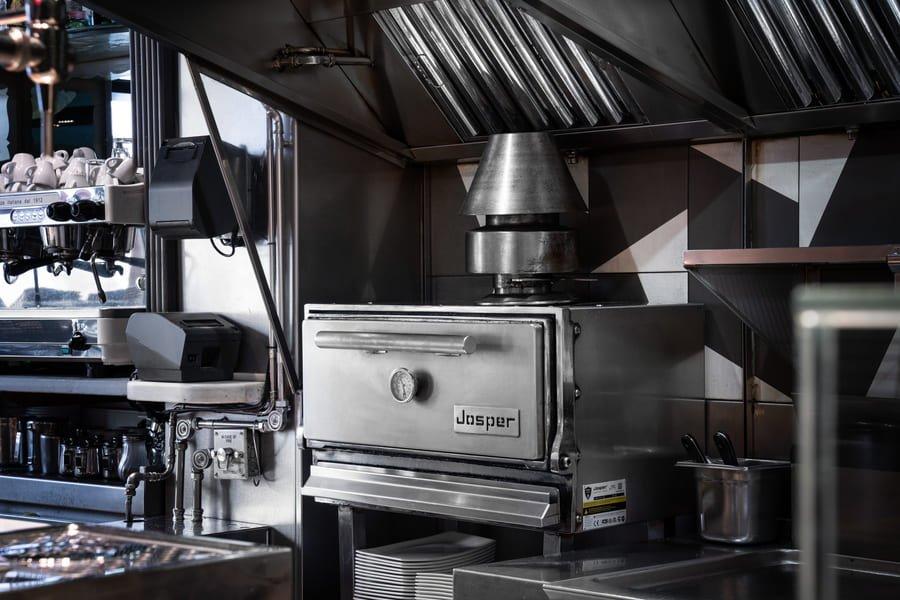 Vinitus, Barcelona, Josper HJA-20, kitchen