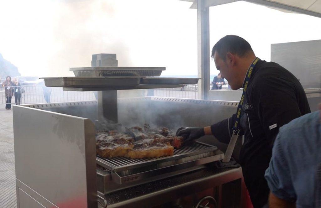 aitor del Olmo, de Amaren, en el Concurso Nacional de Parrilla en Gastronomika