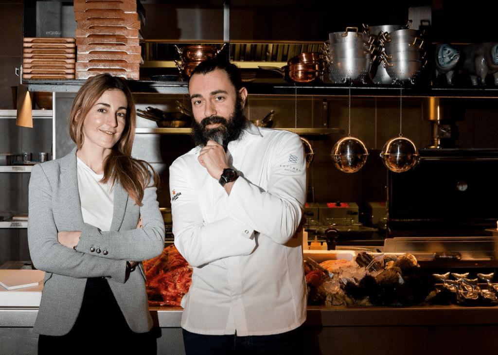 Anna Gotanegra, Rafa Zafra y un Josper en la cocina