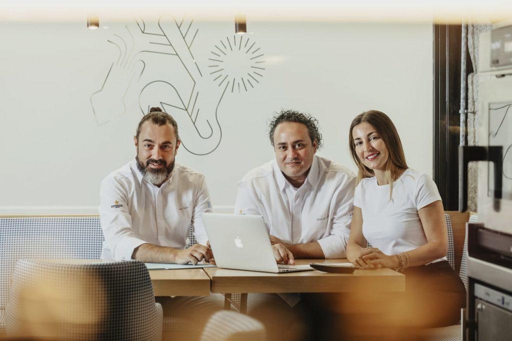 Los responsables del restaurante Estimar